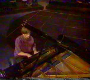 klavir-odozgo_v